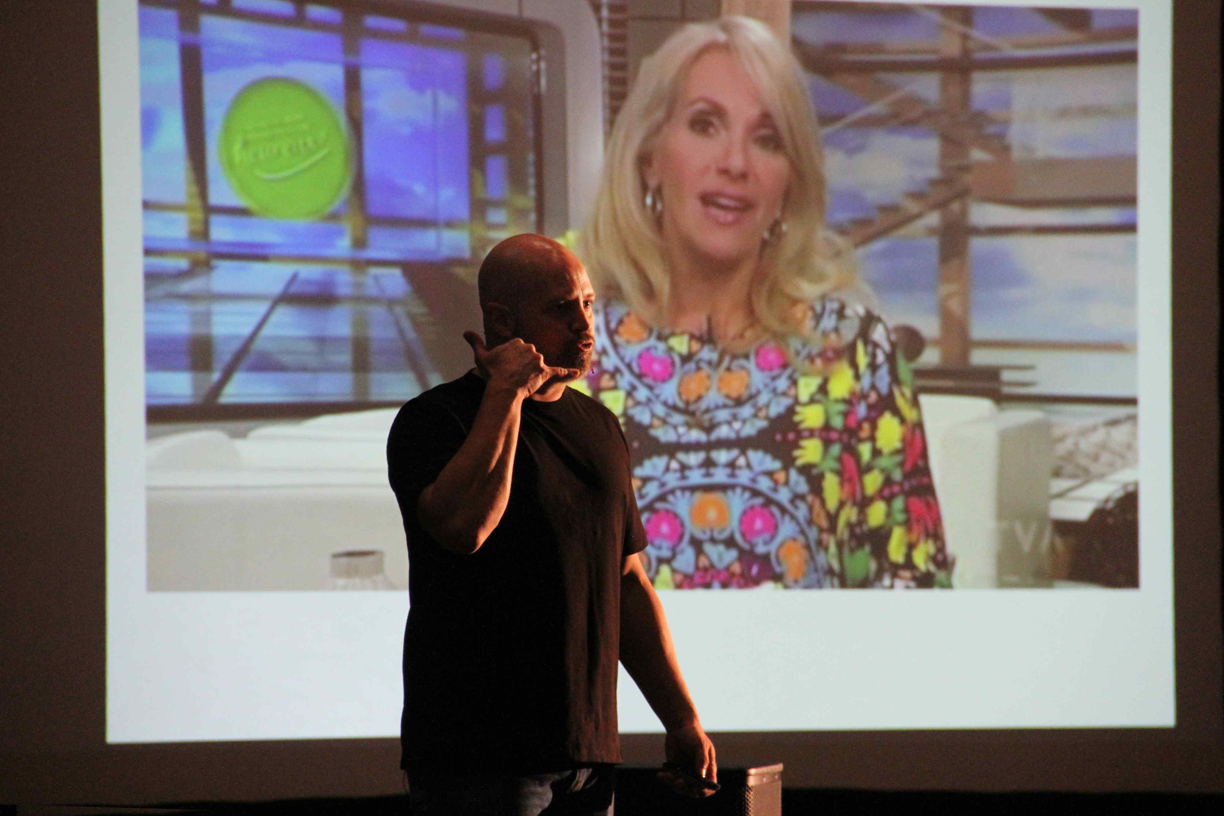 """Daniel Blouin à la conférence sur """"La résilience ou Comment rebondir dans la vie"""""""